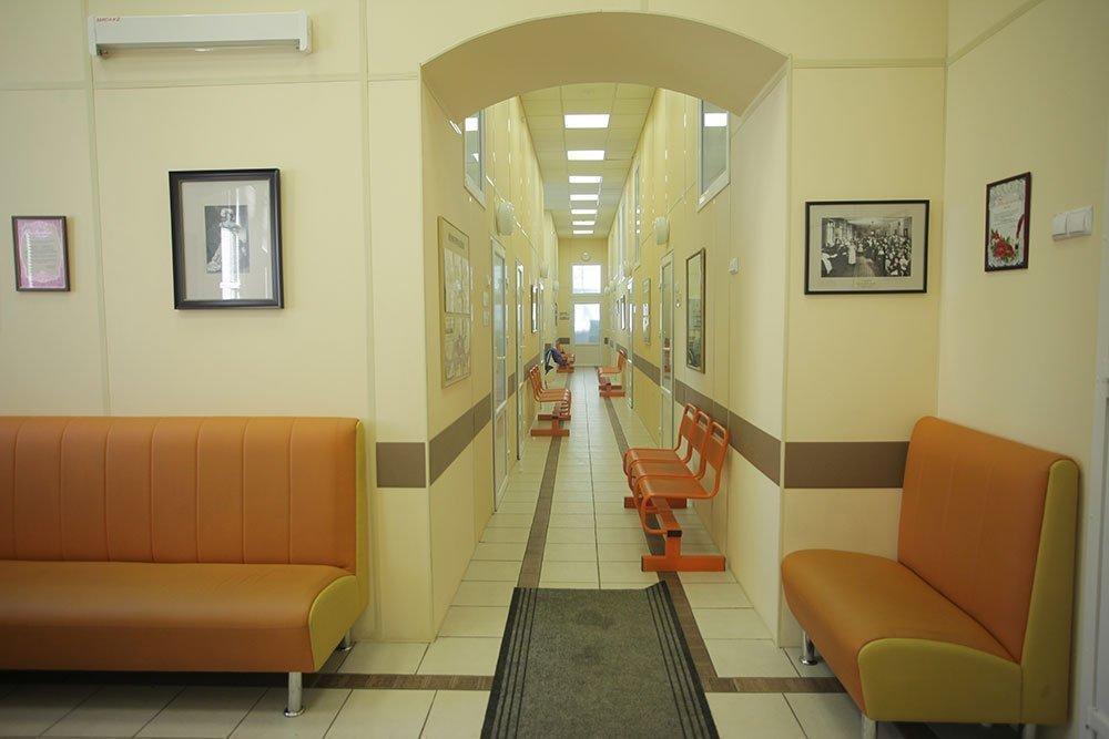Регистратура платных услуг детской областной больницы